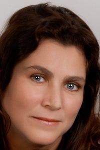 Annie  Page